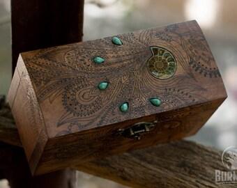 box, wooden box, jewelry box, engraved wooden box, custom box, keepsake box, vintage jewelry box, casket, chest, ammonite, floral ornament
