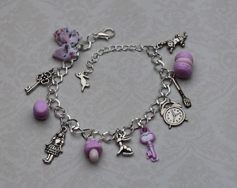 "charm bracelet ""Alice in Wonderland of"" pink"
