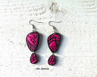 Ethnic earrings fuchsia pink and black - polymer clay
