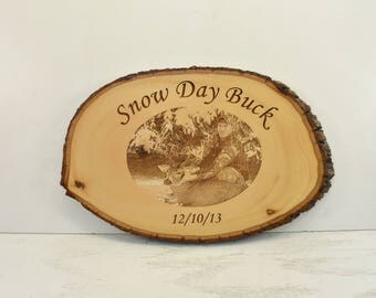Snow Day Buck Bark Edge Oval Sign