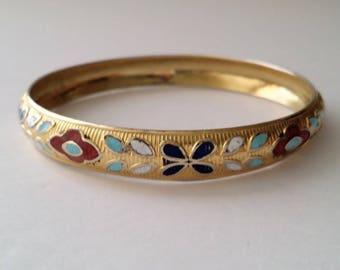 Vintage Gold Tone Enamel Floral Bangle Bracelet