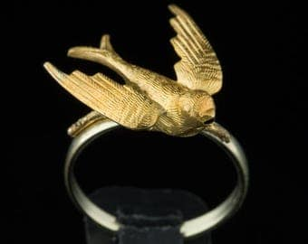 reserved!!!!!!!Victorian rare sentimental gold bird swallow dove novelty ring