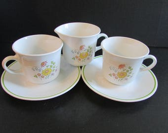 MEADOW Corelle Livingware by Corning 2 Tea/Coffee Cup and Saucer and Creamer