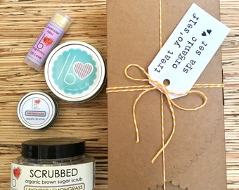 Lavender + Lovers Treat Yo'Self // Organic Spa Gift Set