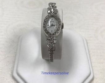 Vintage Elegant Unique Hamilton 14 karat Gold Diamond Classic Lady's Oval Watch