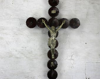 Large Hanging Wooden Wall Crucifix Cross Folk Tramp Art HTF Spelter Corpus 33.4""