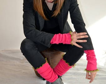 pink gaiter with  lace