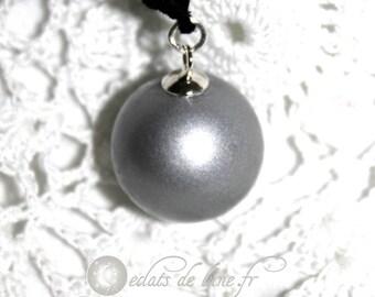 Silver gray pregnancy's Bola
