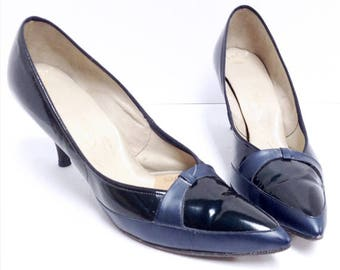 Vintage 50s High Heels // Pin Up shoes // Air Step // Blue Leather // Pointy Toes // High Heel shoes // Size 8 Narrow