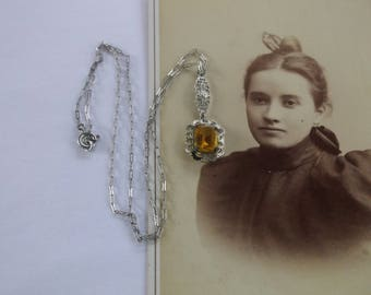 Antique 1920s Art Deco Necklace, Lacy Silver Filigree Amber Stone Pendant, Lovely 1920s Necklace, Old Peanut Chain, Beautiful Original!
