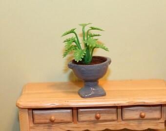 DOLLHOUSE MINIATURE Garden Planter/Pot Light Green Fern in Urn