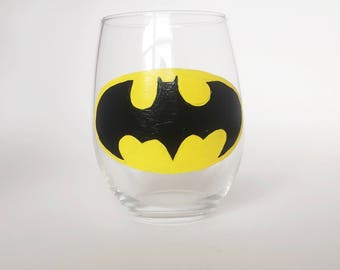 Batman wine glass//Superhero wine glass
