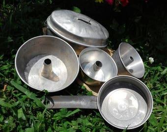 Vintage Aluminum Toy Pans, Childrens Pretend Play Pan Set