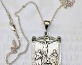 Necklace - Le Christ Sur La Croix - Sterling Silver - 28x43mm + 18 inch Sterling Silver Chain