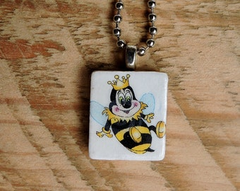 King Bee Scrabble Tile Necklace, Bumble Bee Necklace, King Bee Necklace, Scrabble Tile