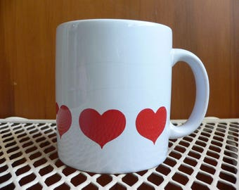 FREE SHIPPING! Waechtersbach of West Germany Hearts Mug White & Red