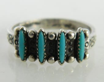 Vintage Sterling Silver Native American Turquoise Ring size 7.5