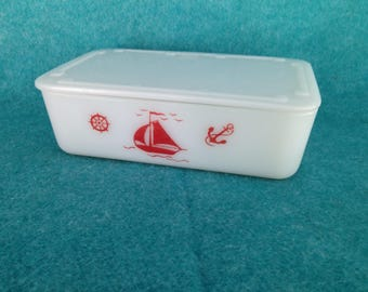 """McKee Glass Red Ships on White Glass Refrigerator Jar with Lid 8"""" By 5"""""""