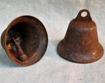 "3 Rusty Tin 1-1/2"" LIBERTY BELLS - Primitive crafts"