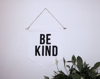 "Quote Canvas Banner ""BE KIND"" 18x15"