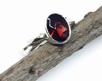 Garnet ring set in solid Sterling silver 925. size -5,6,7. Genuine natural garnet stone.