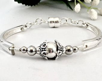 Silver Pearl Silverware Bracelet for Women Spoon Jewelry Gift Mom Gift Inspirational Her Pearl Jewelry Gift for Her Silver Spoon Bracelet