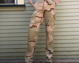 vintage 90s camouflage high waist desert storm streetwear womens camo pants size xsmall