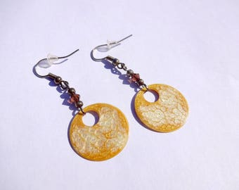 Hand painted earrings * yellow gold and White Pearl *.
