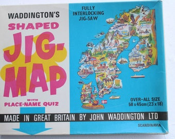 vintage jig-map SCANDINAVIA map puzzle wall hanging poster waddington's made in great britan jig map