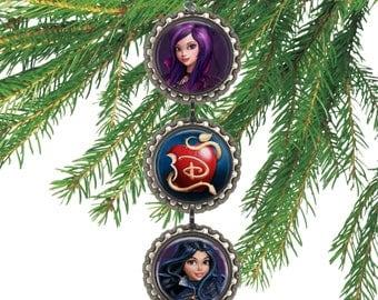 Disney DESCENDANTS MAL & EVIE Wicked World 3D Bottle Cap Christmas Ornament   Gift for Kids