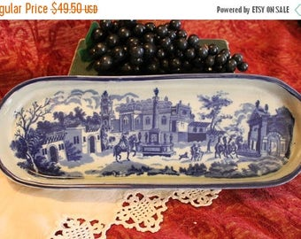Christmas in July Vintage Flow Blue Dresser Tray - Victoria Ironstone