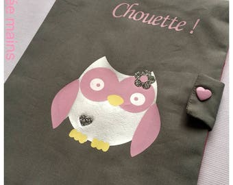 Protects health record in gray cotton with an OWL