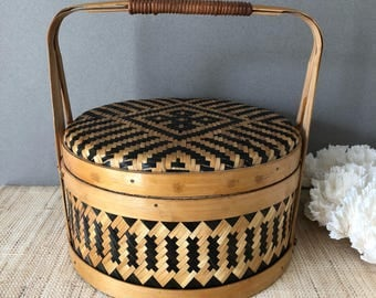 Japanese Bento box bamboo lunch box vintage Asian basket sewing caddy