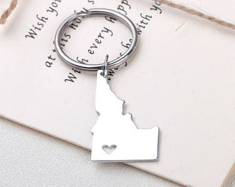 I heart Idaho keychain - Idaho keyring - Map Jewelry - State Charm - Map keychain