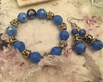 Blue romantic love and Buddhas adornment