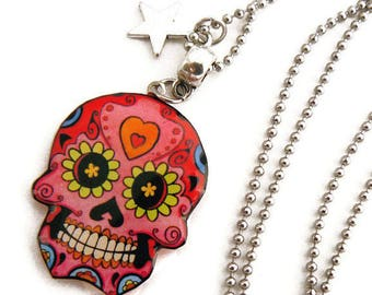 Pink Mexican skull and star pendant