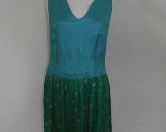 summer sale Vintage silk dress 80s Maggy  London turquoise blue emerald green 100 Percent silk floral embroidered dress  size medium