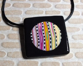 Very modern necklace with bright and cheerful colors