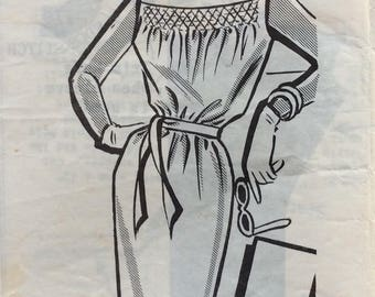 Mail order 8337 misses slim dress w/smocking size 12 bust 32 vintage 1960's sewing pattern