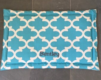 Personalized Dog Training Mat || Quatrefoil Extra Extra Large Crate Bed || Custom Comfy Mat || Puppy Gift by Three Spoiled Dogs