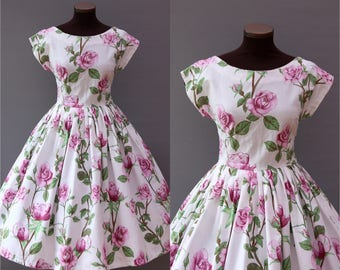 1950s White Rose Print Full Skirt Cotton Dress