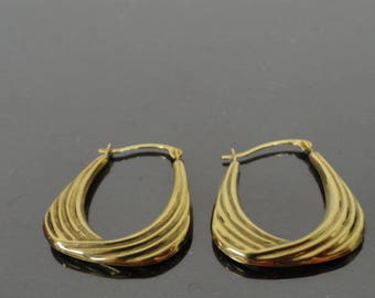 9ct Yellow Gold Hoop Earrings / 9k Yellow Gold Hoop Earrings / Vintage Gold Earrings