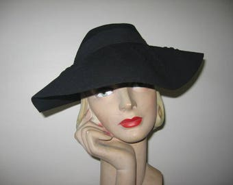 1940's Black Wool Felt Wide Brimmed Fedora, Mohn Brothers Label!