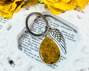 Memory flower key chain with angel wing charm