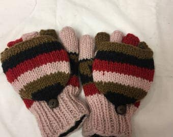 100% WOOLEN GLOVES /MITTENS