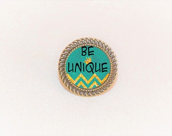 Ring bronze cabochon message be Unique yellow/green chevron pattern and adjustable