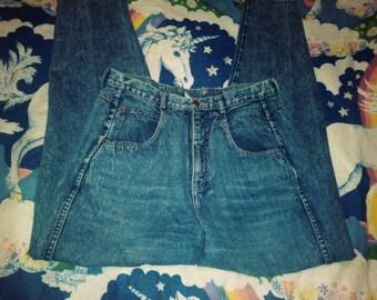1980s high-waist Brittania jeans 34 in Waist 30 inch inseam