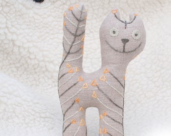 Linen cat. Soft kitten. Stuffed cat toy. Little embroidered cat. Soft animal toy. Fabric toy. Handmade toy cat