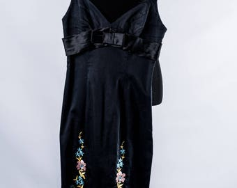 Vintage 90s Betsey Johnson Wiggle Dress // Floral Betsey Johnson