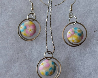 Cute Round Paperclip Floral Earrings and Pendant Set